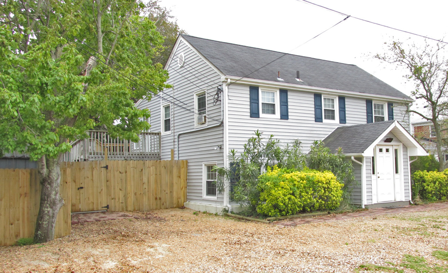 Virginia Beach Vacation Rental 108 B 75th Street, Up