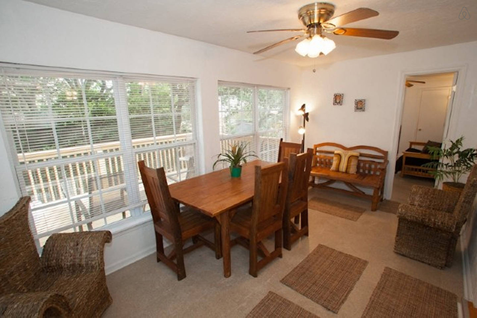Vacation Rental 108 B 75th Street, Up Virginia Beach, VA