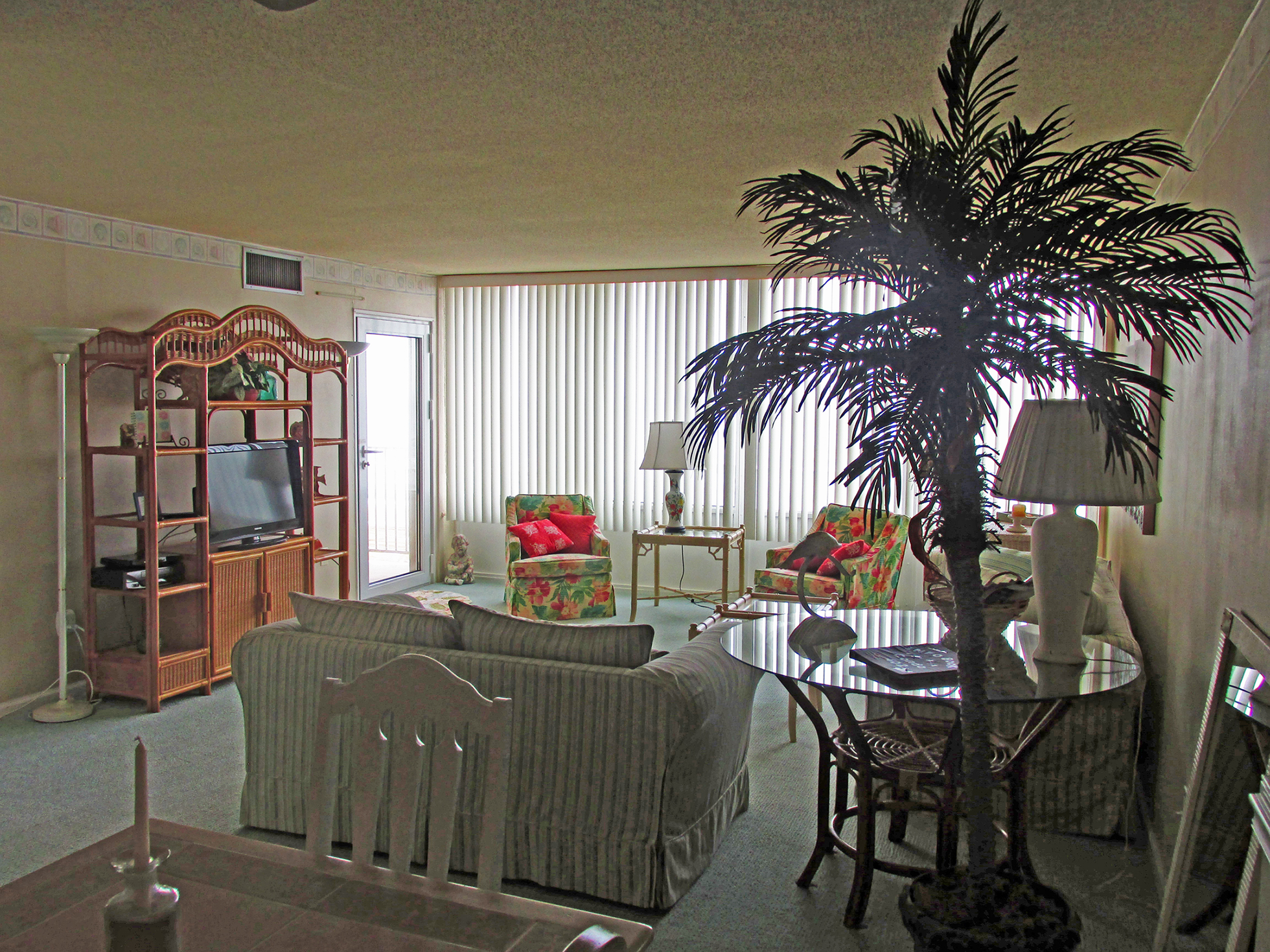 Vacation Rental  Edgewater Condominiums 3615 Atlantic Avenue #402 Virginia Beach