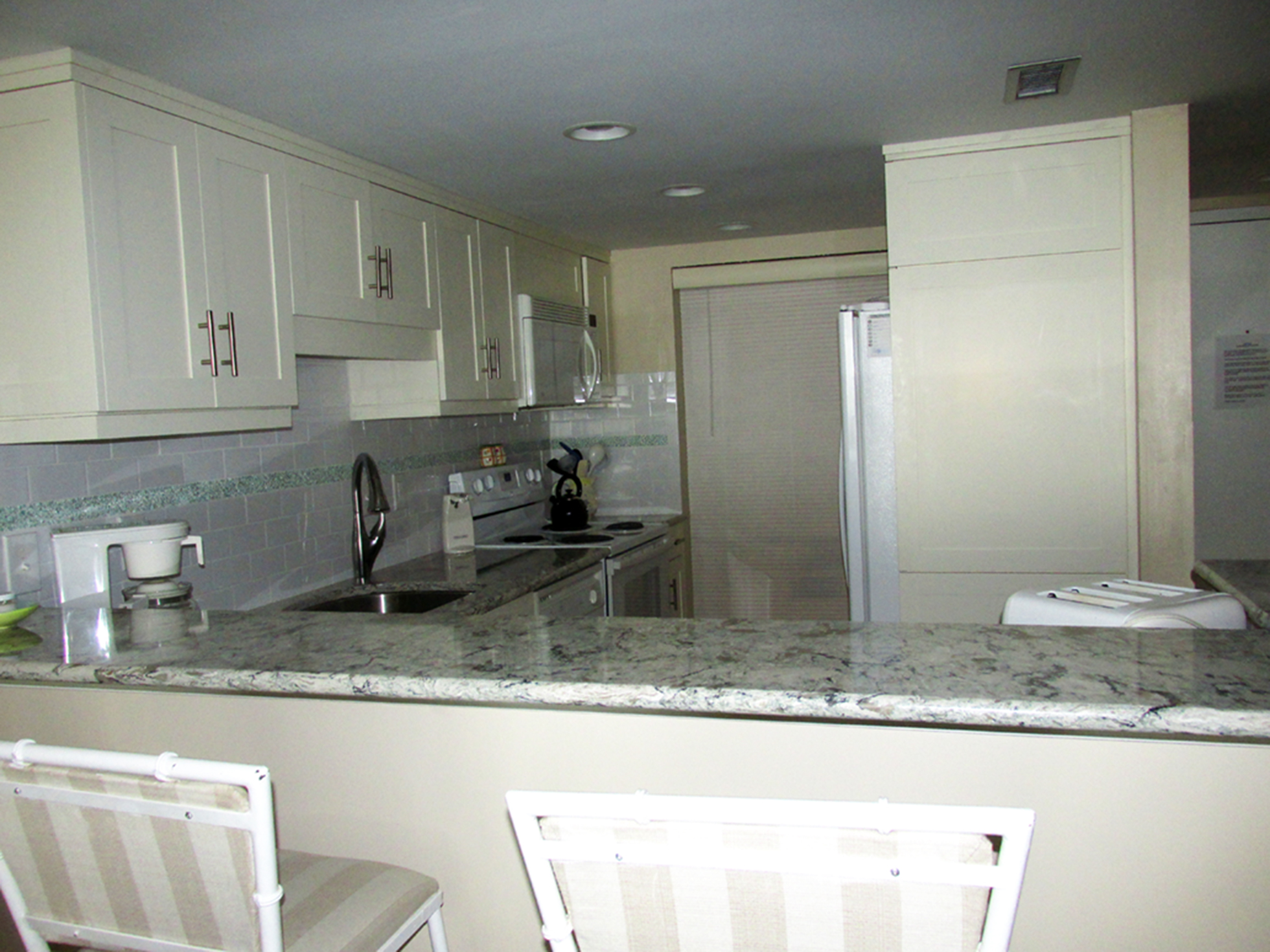 Vacation Rental Edgewater Condominiums 3615 Atlantic Avenue #402 Virginia Beach, VA