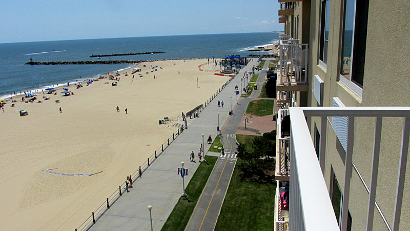 Virginia Beach Vacation Rental Dolphin Run Condo #802 303 Atlantic Avenue